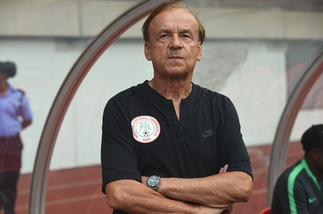 We win and Lose Together! Rohr defends Akpeyi after Bafana Shocker