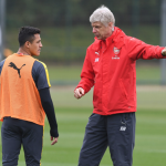 Alexis Sánchez considers Chelsea or Manchester City Move