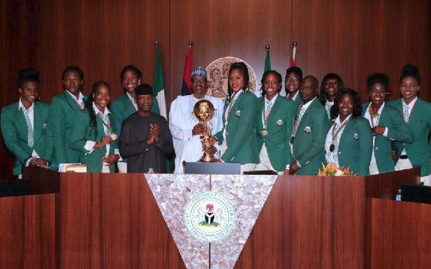 Photos: Presidential Handshake and Cash! D'Tigress meet President Buhari
