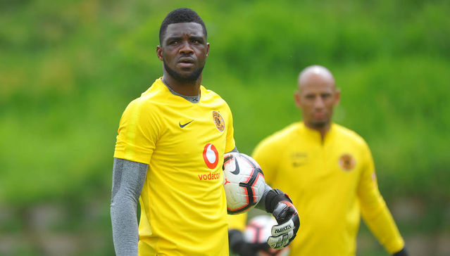 Khune vs Akpeyi! Super Eagles goalie clears the air on Conflict in Amakhosi