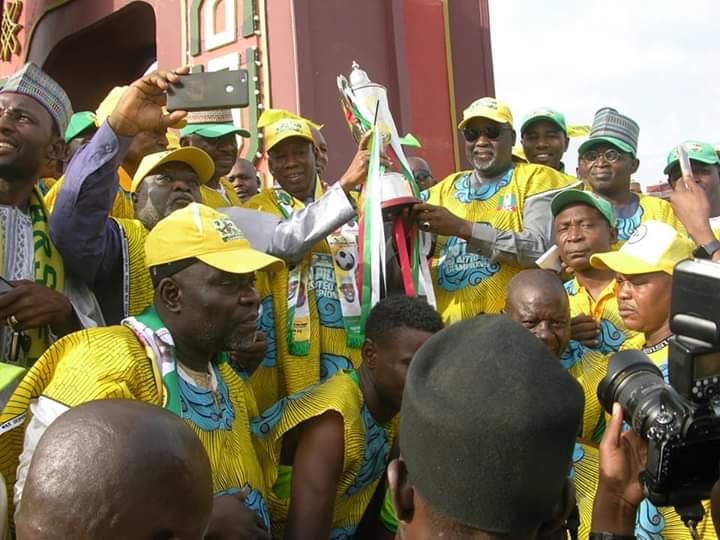 Aiteo Cup Champions Kano Pillars Receives $1,000 Gift from Ganduje