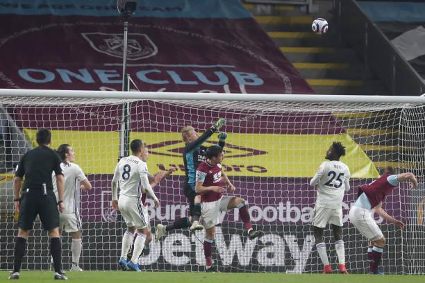 Iheanacho hails Ndidi and Kasper Schmeichel after Burnley Draw