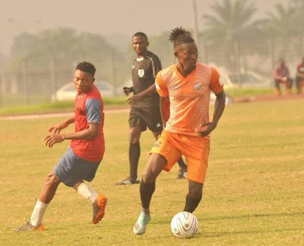 Rangers complete the signing of Olawale Doyeni from Dakkada