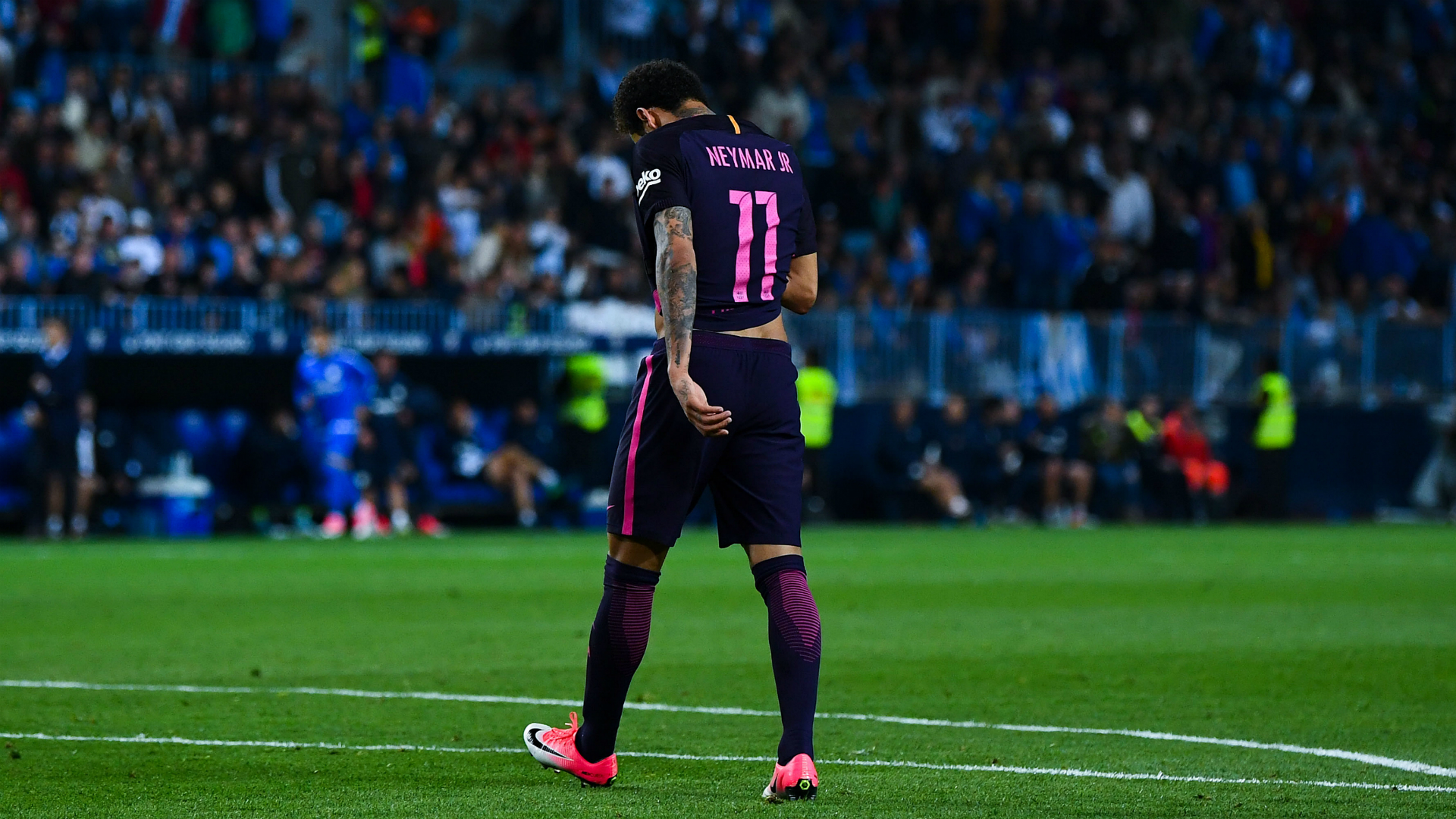 Neymar receives three game ban,to miss El Clasico