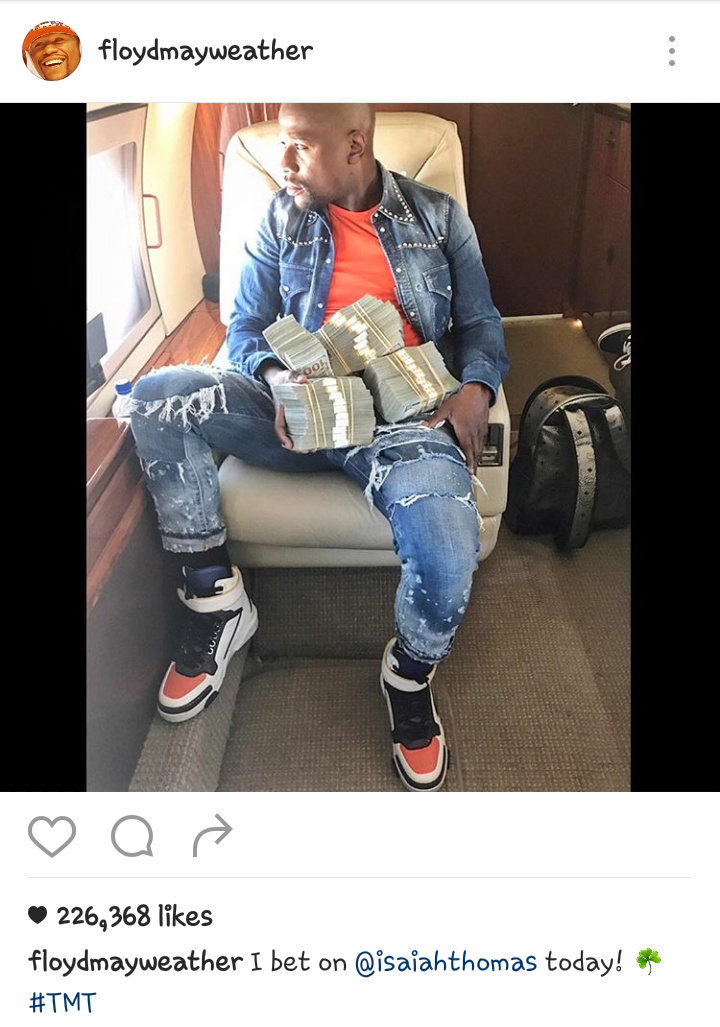Floyd Mayweather Flaunts huge Cash Won After Placing a Bet On NBA Star