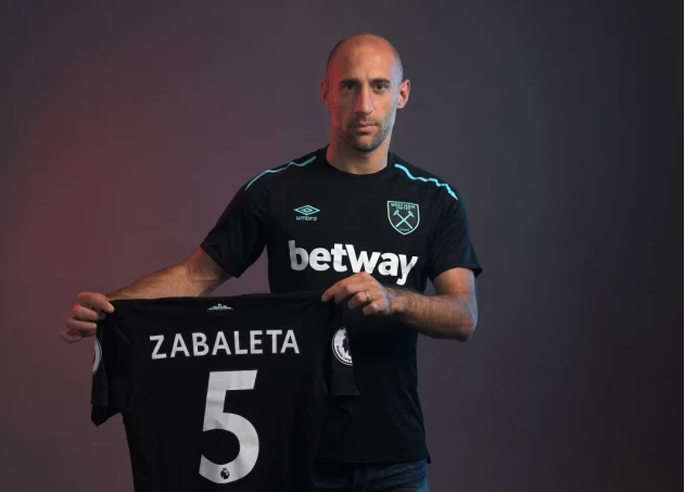 West Ham confirm Zabaleta signing on two-year deal worth £90,000 a week