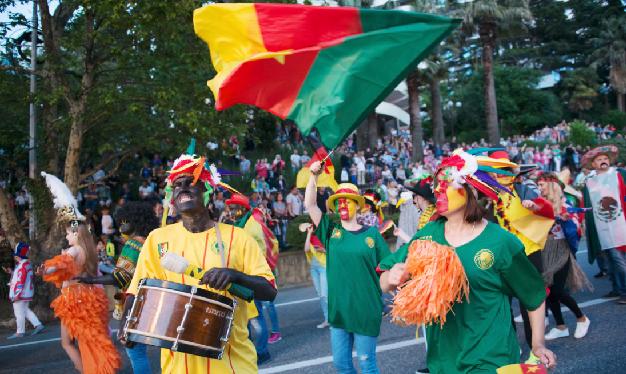 Racist or Not? Sochi hosts Bizarre Parade but Nigerian Journalist thinks Not