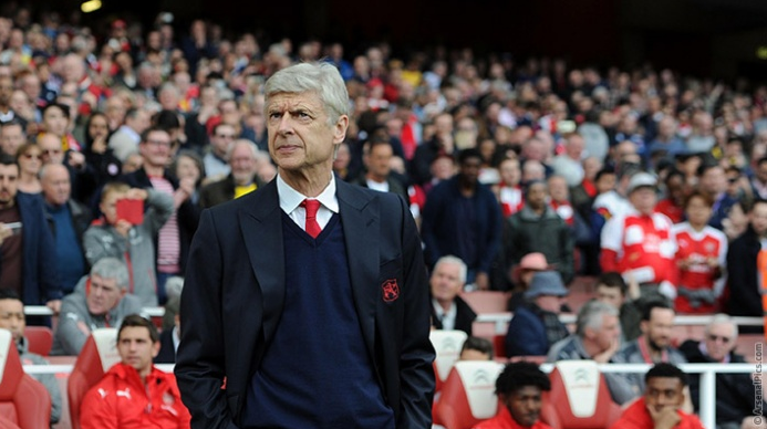 Arsene Wenger: Top-Four Premier League finish still possible