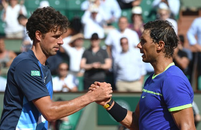 Rafael Nadal demolishes Robin Haase in straight sets