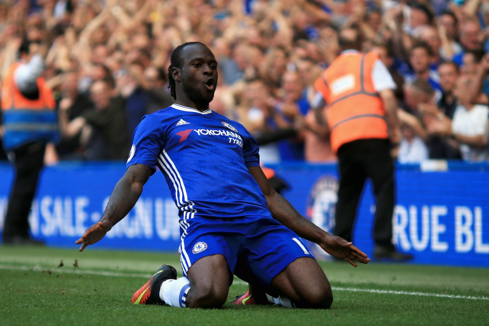 Victor Moses: Antonio Conte didn't ask , he just put me in