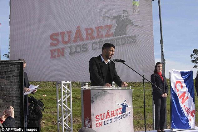 Uruguayan club names new pitch after Luis Suarez