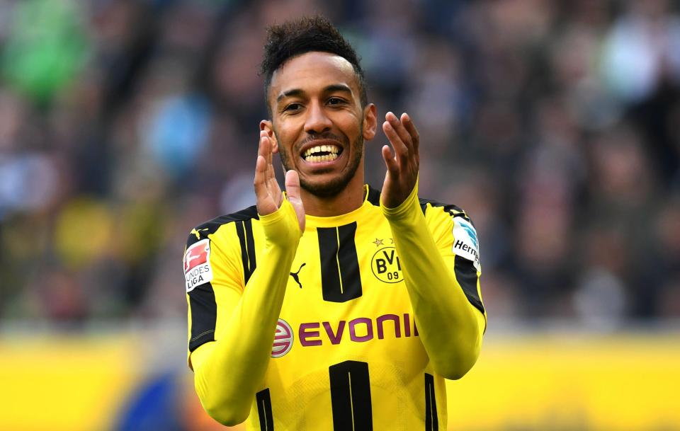 Dortmund offers Aubameyang to Chelsea, AC Milan for £70M
