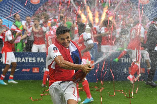 Bayern Munich tempt Alexis Sanchez with £350,000-a-week offer