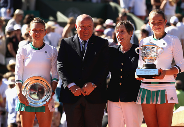 Halep says she felt like a spectator at times in French Open final