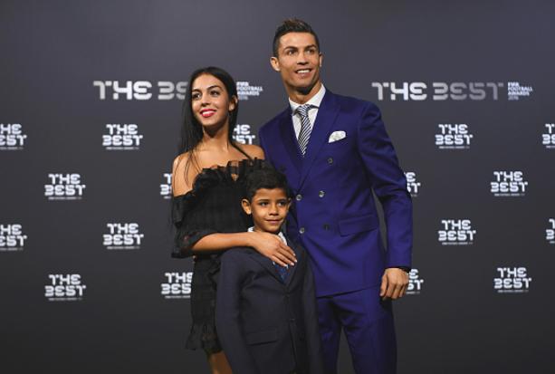 Cristiano Ronaldo welcomes Newborn Twins