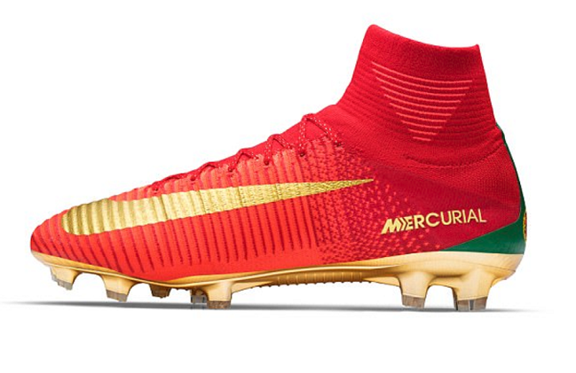 Cristiano Ronaldo Gets Special Boots Ahead of Confederations Cup
