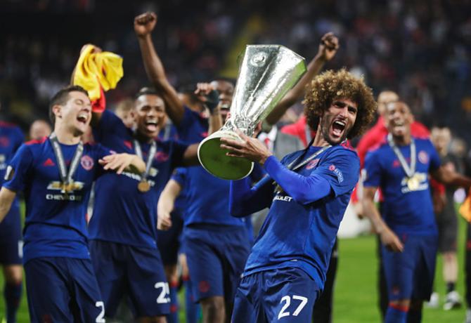 Manchester United's Marouane Fellaini Open to China move