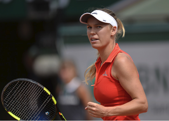 Caroline Wozniacki beats Svetlana Kuznetsova in the French Open fourth round