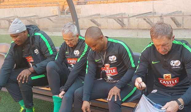 Stuart Baxter leads first Bafana training Session, hands Hlatshwayo Captain's band