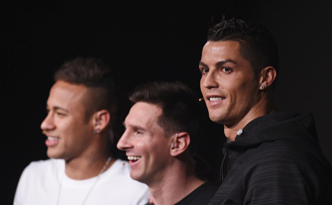 Cristiano tells Neymar to Join Man United not PSG