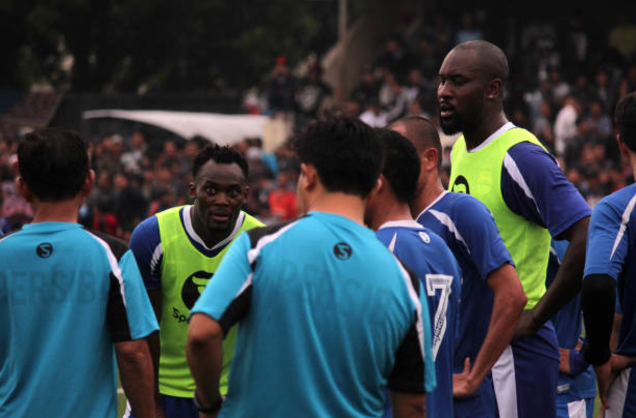 Indonesian side Persib to terminate either Carlton Cole or Michael Essien's Contract