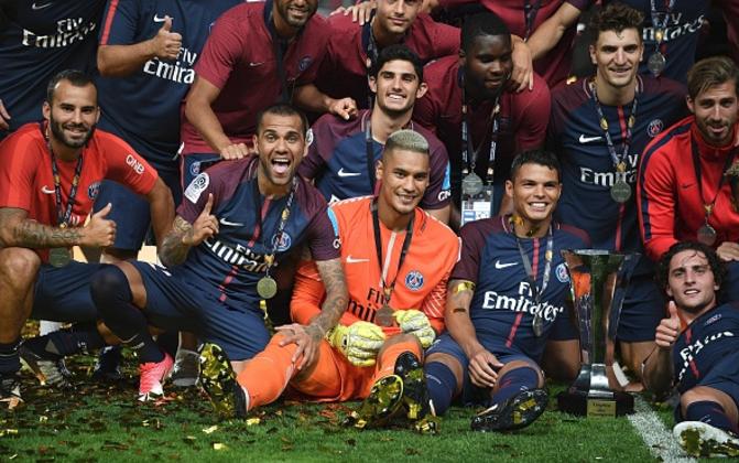 Dani Alves helps PSG win Trophee des Champions