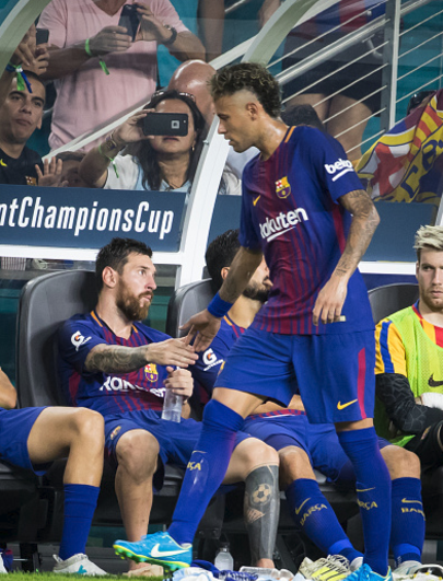 Has Neymar played his last Clasico? Neymar reportedly bids farewell to Real Madrid Players in 15-minutes visit to Los Blancos dressing Room