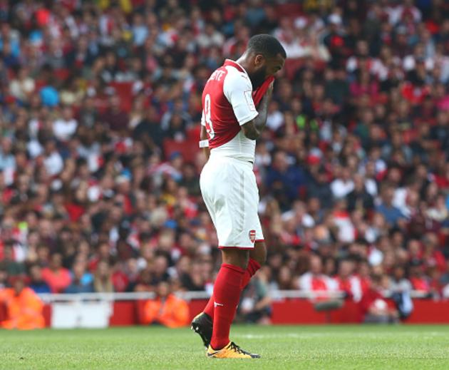 Arsene Wenger sweats over Striker's Fitness ahead of clash against Chelsea