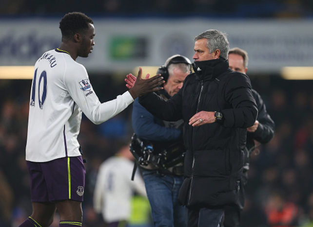 Manchester United agree £75m deal for Romelu Lukaku