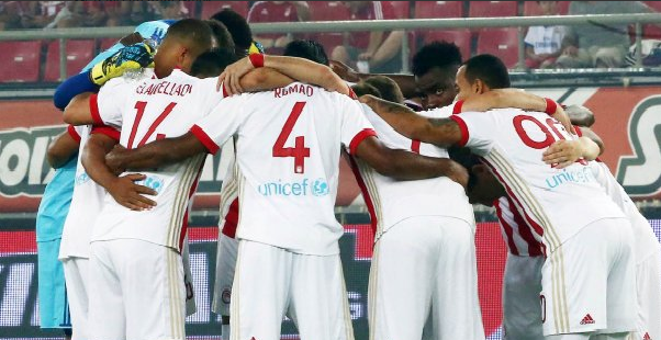 Emmanuel Emenike's Olympiacos through to UCL Play-off Round