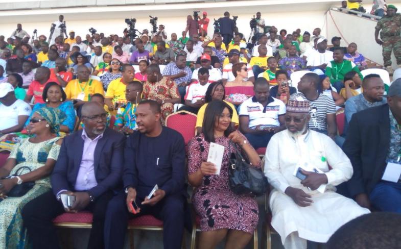 "Benin Rep 1-0 Nigeria: Pinnick blasts Algerian Referee, says officiating was ""very very poor"""