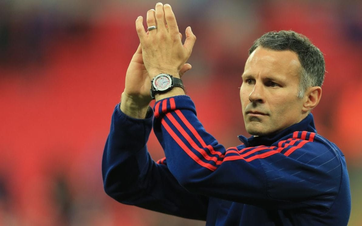 Ryan Giggs thinks Gareth Barry could make 700 Premier League appearances