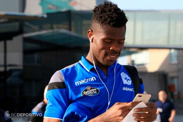 New Deportivo La Coruna Coach backs Uzoho to continue as number one