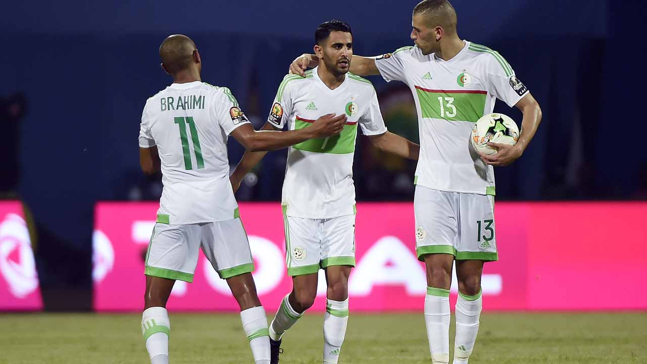 Late controversial penalty earns Algeria a point against Nigeria