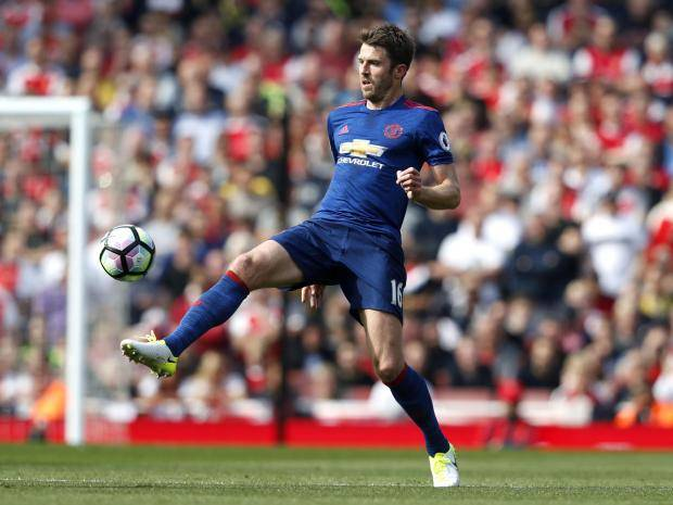 Michael Carrick aiming to be back for United after heart issue