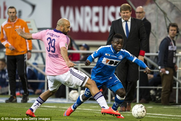 Moses Simon pulls out of Eagles squad, joins Ighalo, Onazi, Moses, Echiejile on the sidelines
