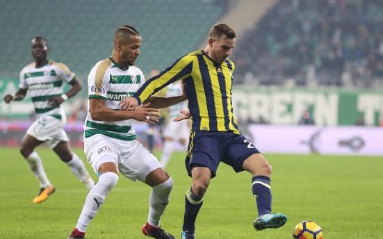 Troost-Ekong's error costs Bursaspor in defeat to Fenerbahçe