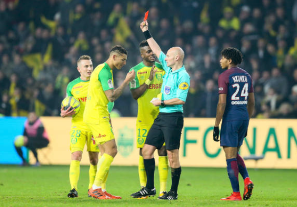 Awaziem involved in Bizarre Sending off in Ligue Un