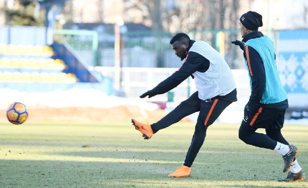 Olanrewaju puts Super Eagles snub behind him as he Trains with Shakhtar Donetsk