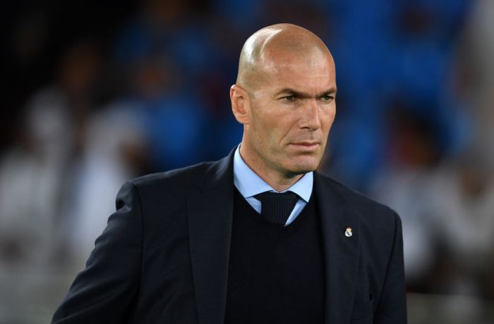 Zinedine Zidane: Real Madrid still in La Liga title race