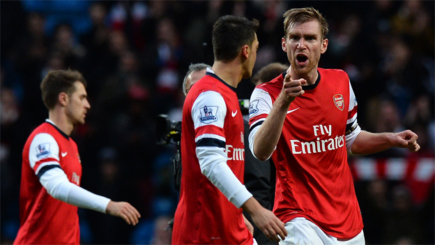Mertesacker-Led Arsenal players hold crisis meeting ahead of City clash