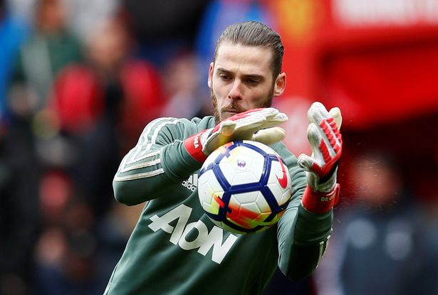 David De Gea 'set to sign new bumper Man United contract'