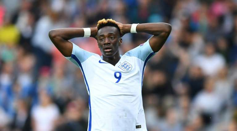 Tammy Abraham won't Play Ahead Of Osimhen In The Super Eagles – Rohr