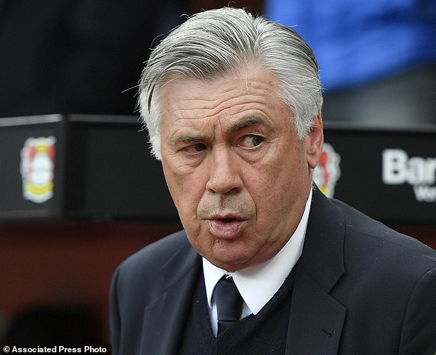 Carlo Ancelotti fit go back France