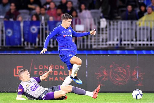 Chelsea beat Perth Glory 1-0 in Sarri's first game in charge