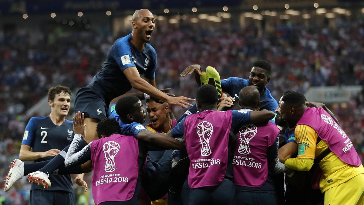 France win thrilling World Cup final with 4-2 victory over courageous Croatia