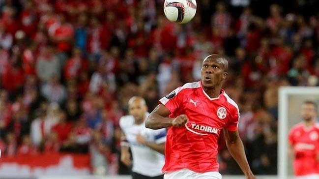 Eagles star Tony Nwakaeme set to join Onazi at Trabzonspor