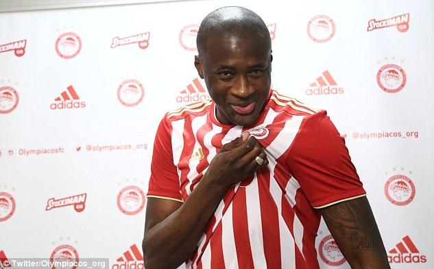 Yaya Toure gets hero welcome in Olympiakos return