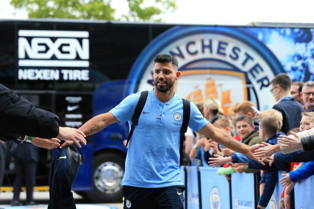 Sergio Aguero signs new Manchester City contract