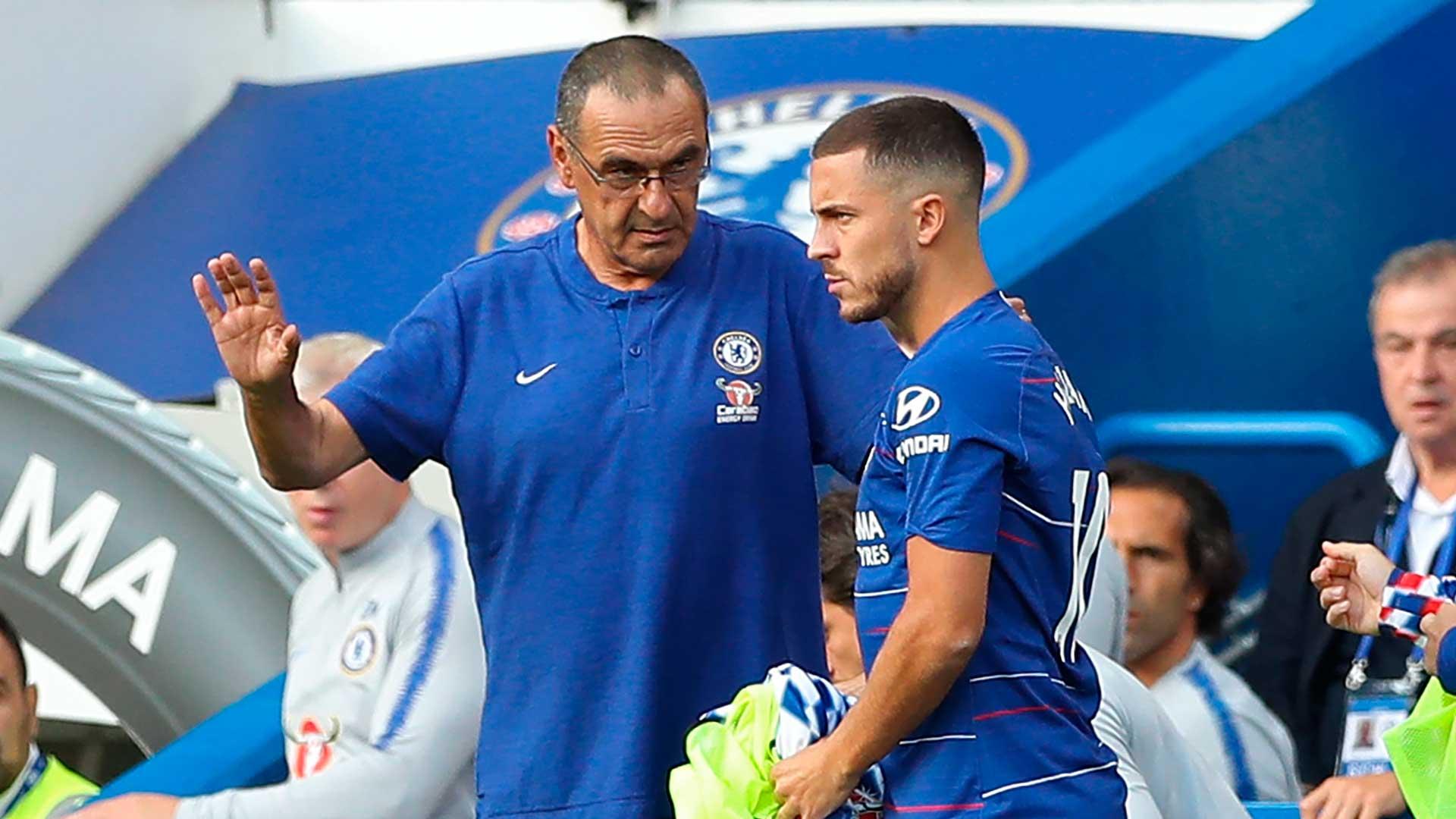 Maurizio Sarri challenges Eden Hazard after Chelsea FC hat-trick